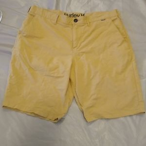 Hurley Nike Dry fit khaki shorts